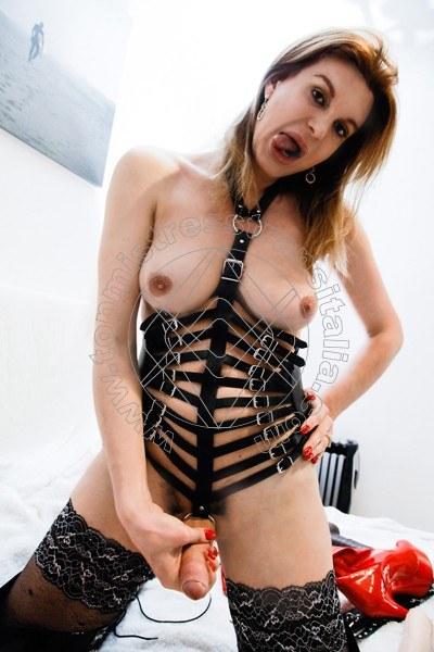 Foto hot 35 di Mistress Giulia Imperatrice mistress trans Bergamo