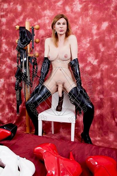Foto hot 30 di Mistress Giulia Imperatrice mistress trans Bergamo
