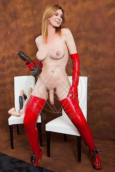 Foto hot 8 di Mistress Giulia Imperatrice mistress trans Bergamo