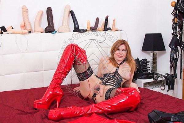 Foto hot 44 di Mistress Giulia Imperatrice mistress trans Bergamo