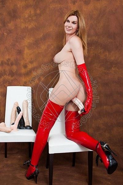 Foto hot 7 di Mistress Giulia Imperatrice mistress trans Bergamo