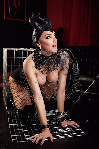 Foto hot 3 di Fabia Costa mistress trans Quarto D'altino