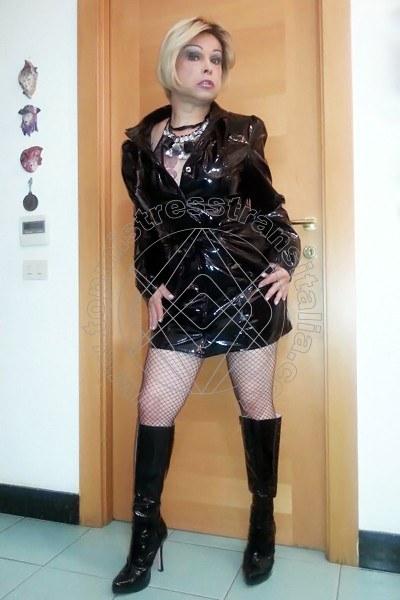 Foto hot di Padrona Francesca Elite mistress transex Villanova Mondovì