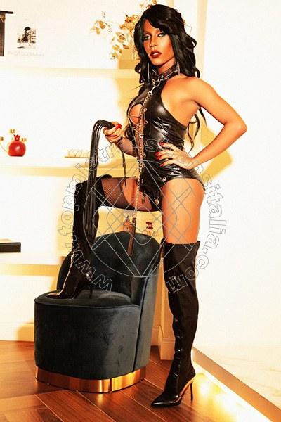 Foto 3 di Padrona Meg Castellani mistress trans Cattolica