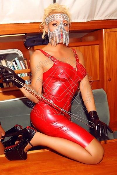 Foto 2 di Nina la divina mistress trans Ibiza