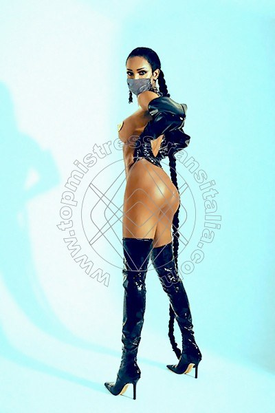 Foto 9 di Padrona Leticia Freitas Pornostar mistress transex Milano