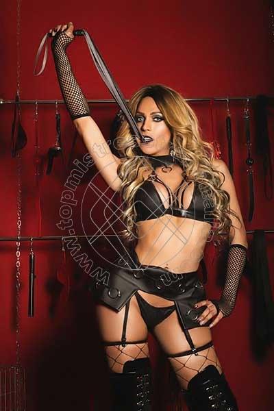 Foto 2 di Padrona Wanessa Armani mistress trans Terni