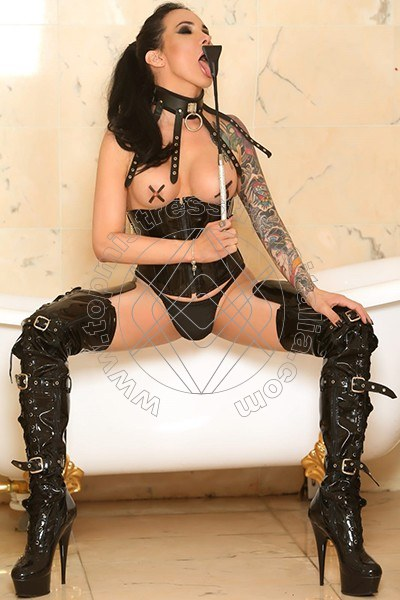 Foto 5 di Mistress The Class Manzini mistress trans Milano