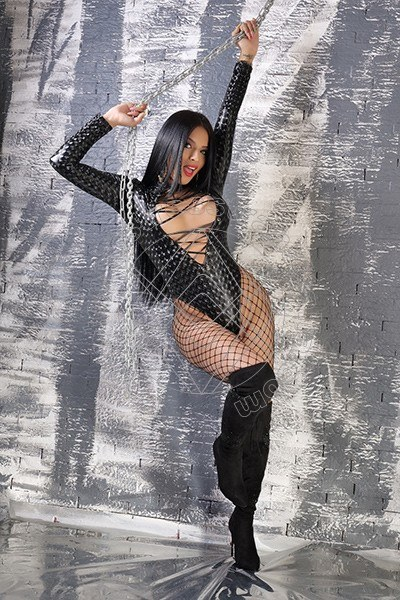 Foto 3 di Lady Celeste mistress trans Terni