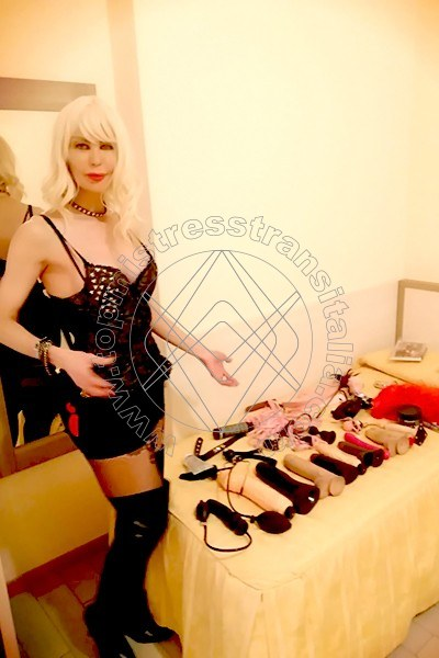 Foto 2 di Padrona Graziella Sanchez mistress trans Milano