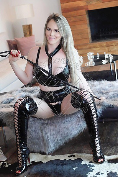 Foto 9 di Lady Millena Herrera mistress trans Pisa