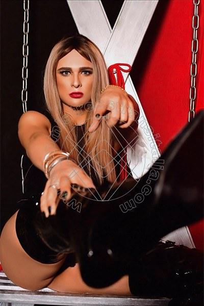 Foto 3 di Padrona Donatella Anaconda mistress trans Basilea
