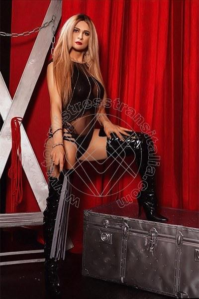 Foto 2 di Padrona Donatella Anaconda mistress trans Basilea