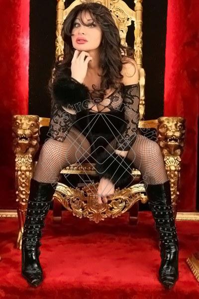 Foto hot di Padrona Miss Chloe mistress transex Brescia